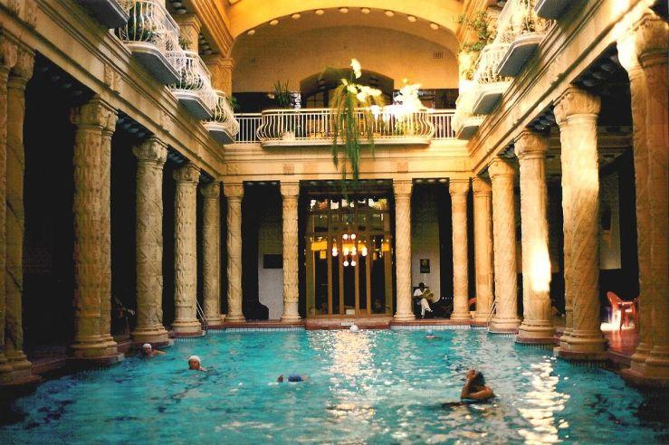 1200px-budapest_gellert_baths_01